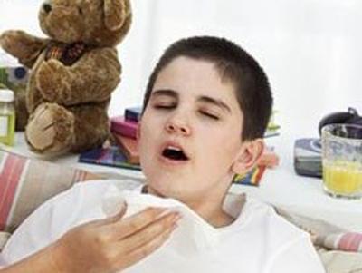 Trẻ hắt xì hơi sổ mũi : là biểu hiện của bệnh chứng gì
